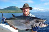 dogtooth tuna jigging in Vanuatu